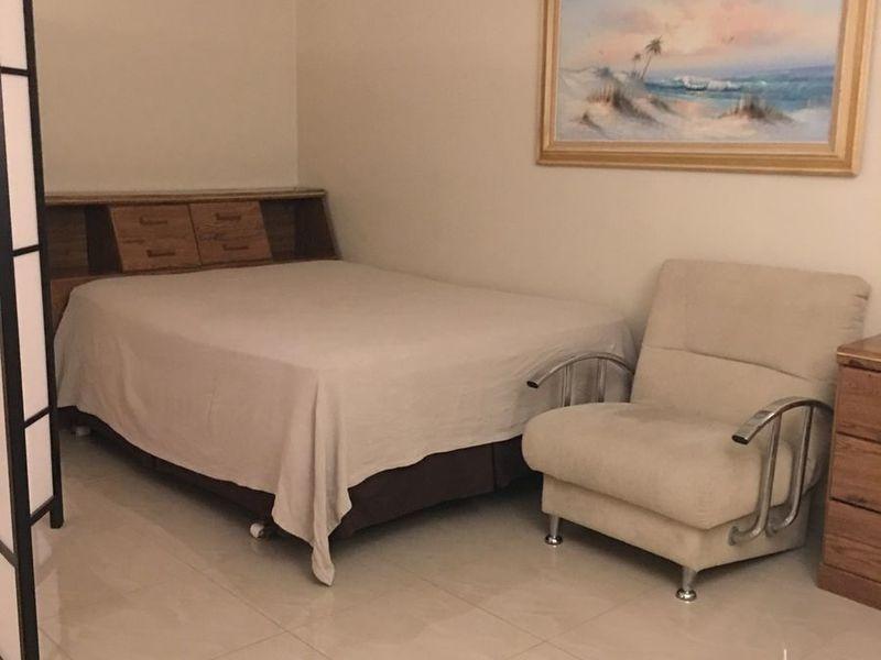 1 Bedroom for Rent in Hallandale Beach, FL