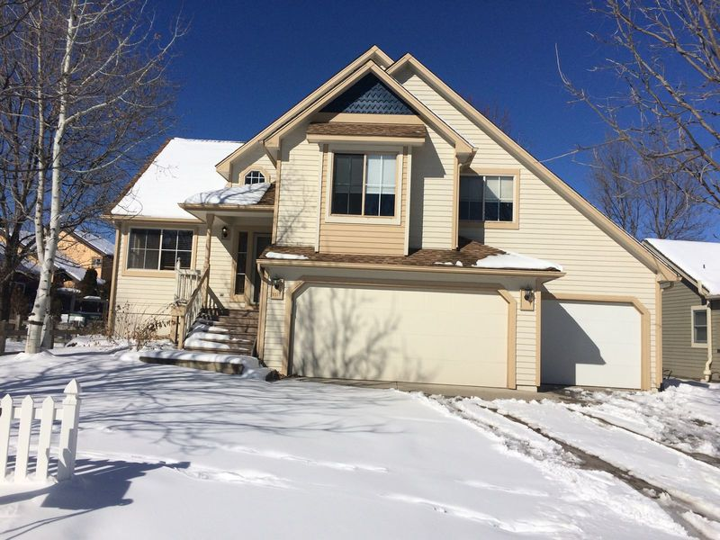 Great Laf. home, w/private bath, office, 3 car gar in Lafayette, CO