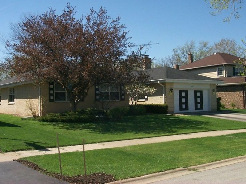 Home on the ranch in Arlington Heights, IL