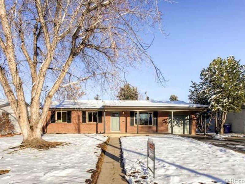 Modern 4 bedroom single family in Denver in Denver, CO