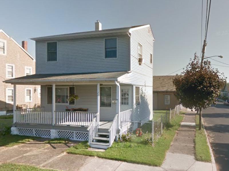 Home owner in Hamilton, NJ