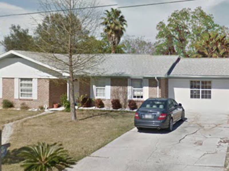 '3 BR family home with garage apartment in Pensacola, FL