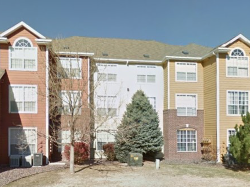 Parker Hilltop apartments in Parker, CO