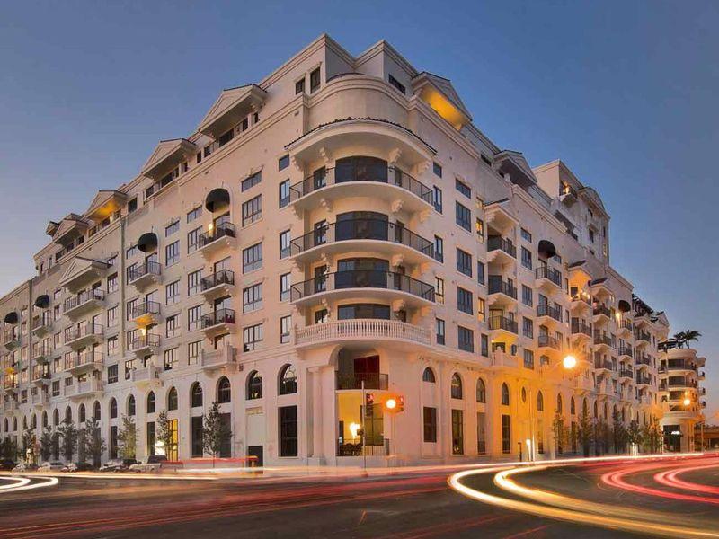 Beautiful Art Deco renovated penthouse in Miami Beach, FL