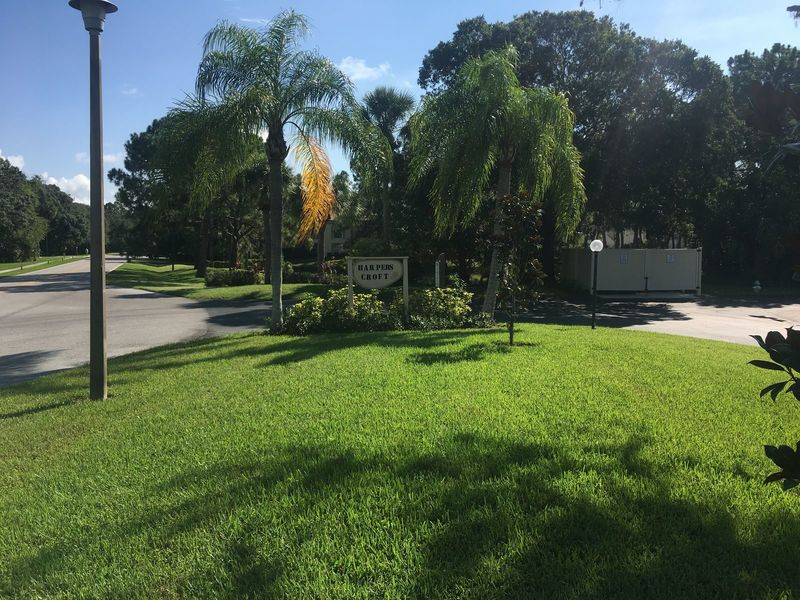 2 bedroom 2 bath Condo in Sarasota, FL