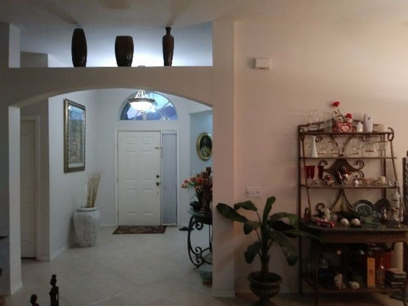 Attractive. Clean home in Brandon, FL