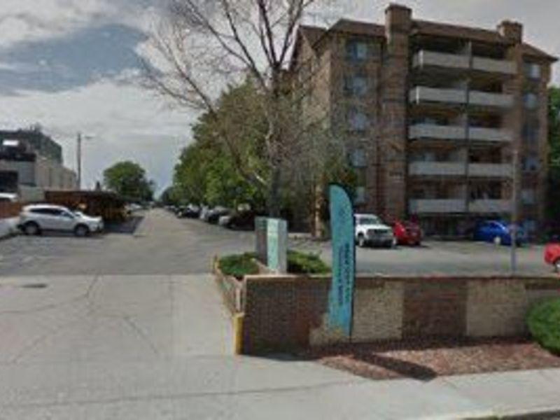 $750 Room Available in Prime location (Glendale) in Denver, CO
