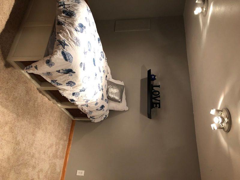 Basement rental in Littleton , CO