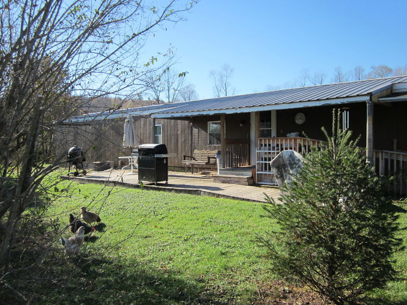 Home with 2.49 acres in York Springs, PA