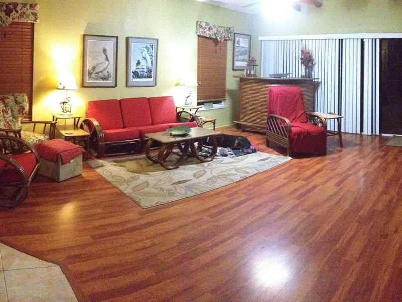 Comfortable Suburban Home to Share in Valrico, FL