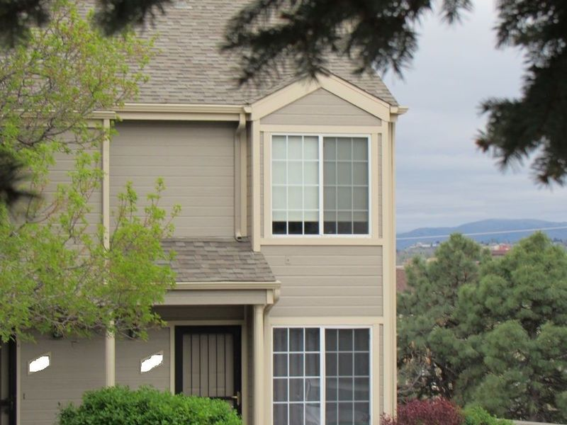 Great Location To Denver & Mountains in Lakewood, CO