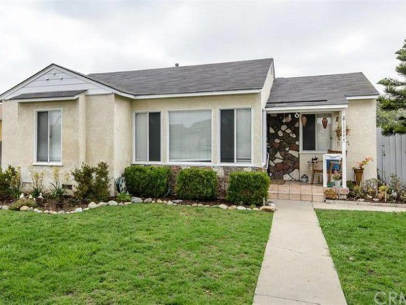 Room for rent near El Camino College in Torrance, CA