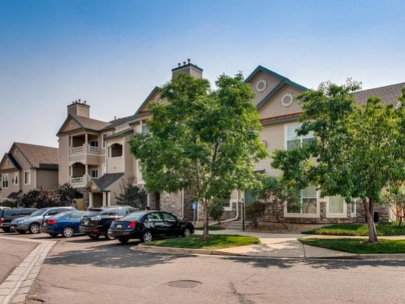 Newer updated condo to share with semi-retired fem in Littleton, CO
