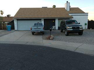 room for rent in 3 bedroom house in Phoenix, AZ