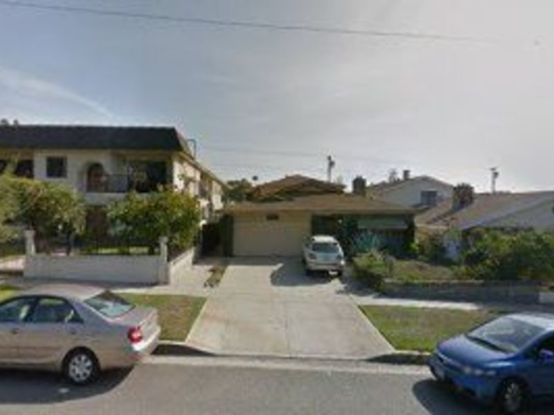 Nice Olive Ave Apt in Burbank , CA