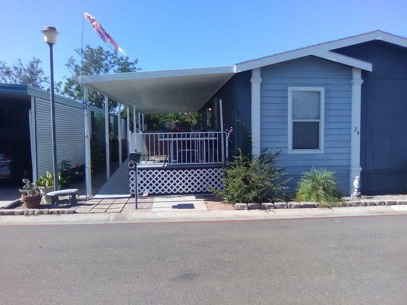 Gated senior community manufactured home in Santee, CA