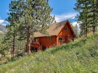Mountain Home and Studio in Lyons, CO