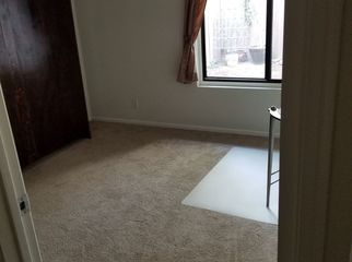 Single Room with Murphy bed & bath in Orange , CA