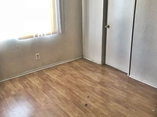 Room for rent Townhouse property  in Pacoima , CA