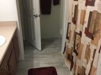 Condo with room for rent with private barh in Temecula , CA
