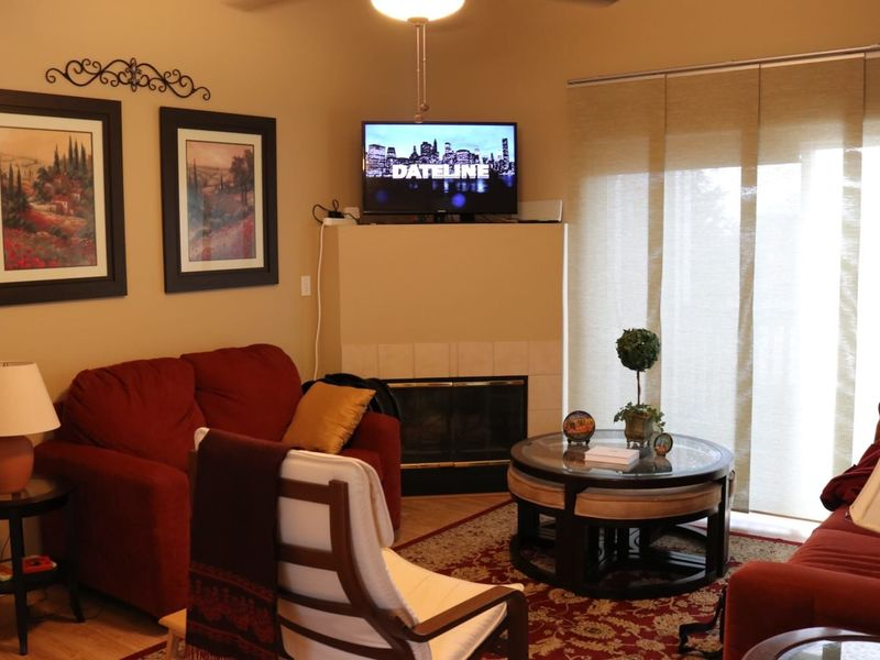 Renting nice room with bathroom in Highlands Ranch in Highlands Ranch, CO
