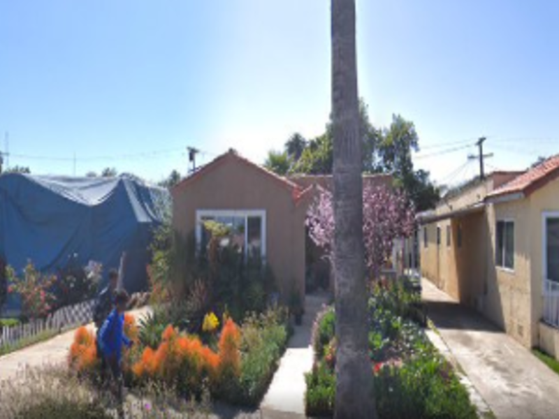 Shared home and backyard for rent in Los Angeles, CA