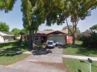 Large 3 bedroom pool home in Orlando, Bay Hill  in Orlando, FL