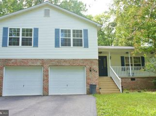 1 bedroom full basement with full 1 bath in Lusby, MD