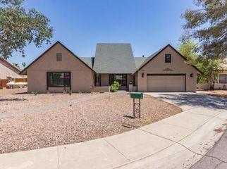 Quiet living arrangement. in Glendale, AZ