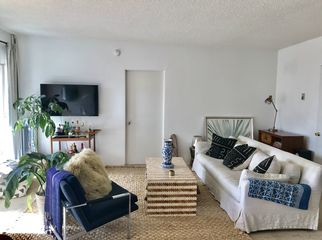 Peaceful, Playful & Fun apaetment w/1 room avail in Santa Monica, CA