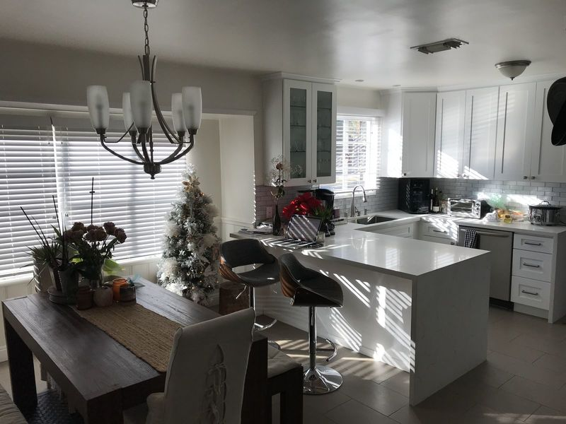 Newly renovated house with pool close to all HWYS in Van Nuys, CA