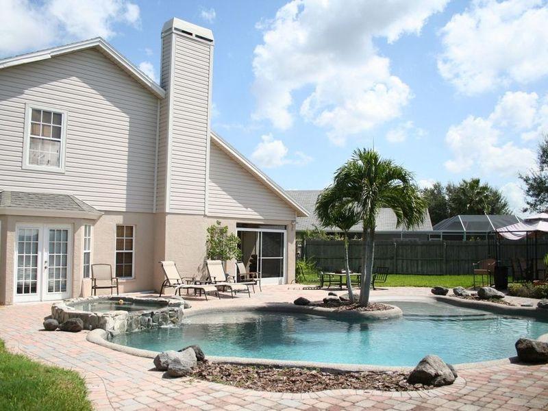 Beautiful Lagoon Style Pool Home  in Brandon, FL