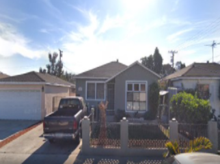 Near College, Golf, Mall, Beach, Freeway Access in Lawndale, CA