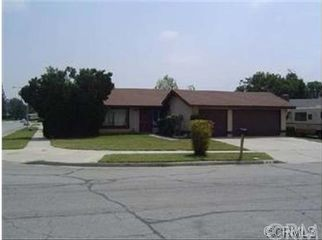 family home, nice neighborhood in Riverside, CA