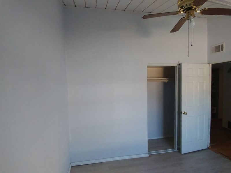 quiet room for rent in La Puente, CA
