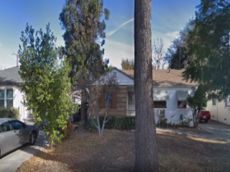 Quaint 2 bed 1 bath home to share in Arcadia. in Arcadia, CA