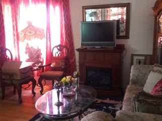 Nice quite  home  with room to rent in Burbank, CA