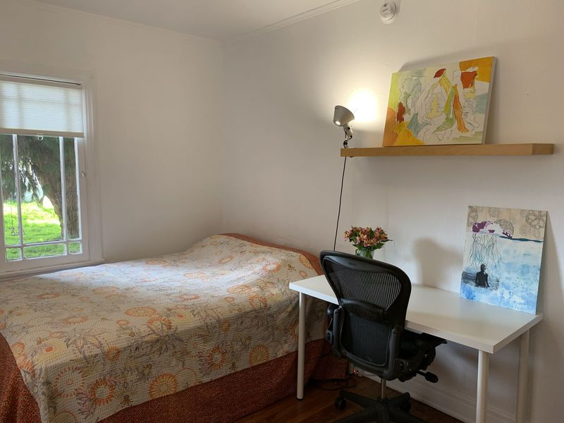 $1000 150ft2 Spacious Furnished Room in Best Area  in Culver Ctiy, CA