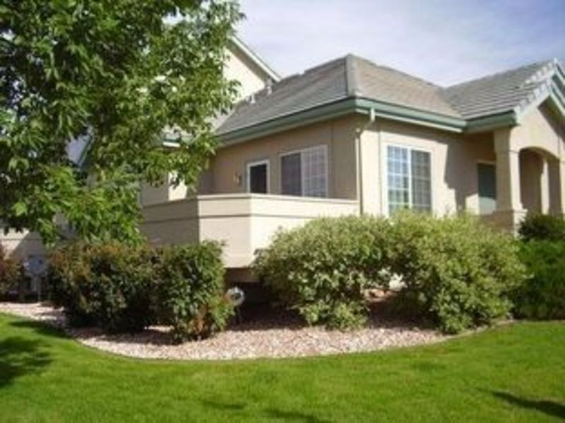 Housemate wanted in quiet golf course neighborhood in Loveland, CO