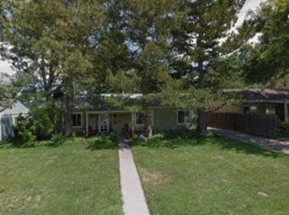 Charming spacious ranch, blocks from Eisenhower Park, U-Hills shopping, churches, golf, light-rail, theaters. in Denver, CO