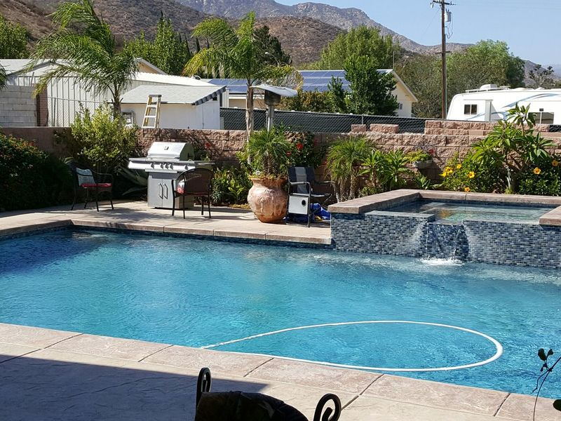 Comfortable Room and  Pool & Jacuzzi to Enjoy in Wildomar, CA