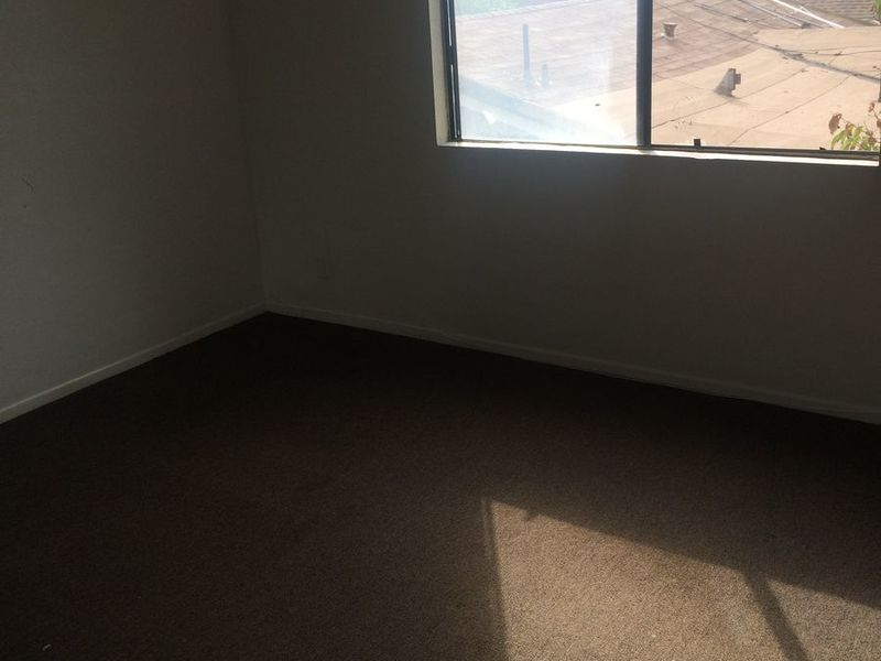 Room For Rent  in Los Angeles , CA