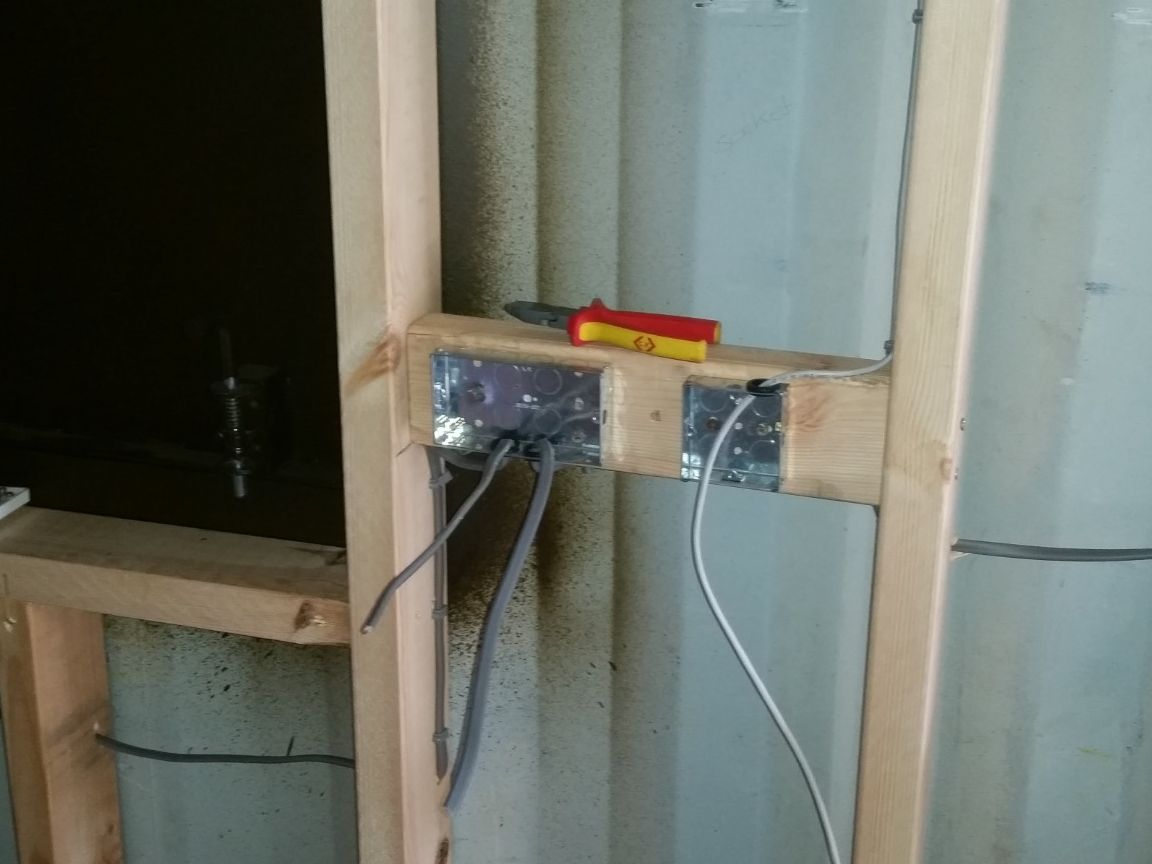 40ft steel container wiring sockets and ethernet