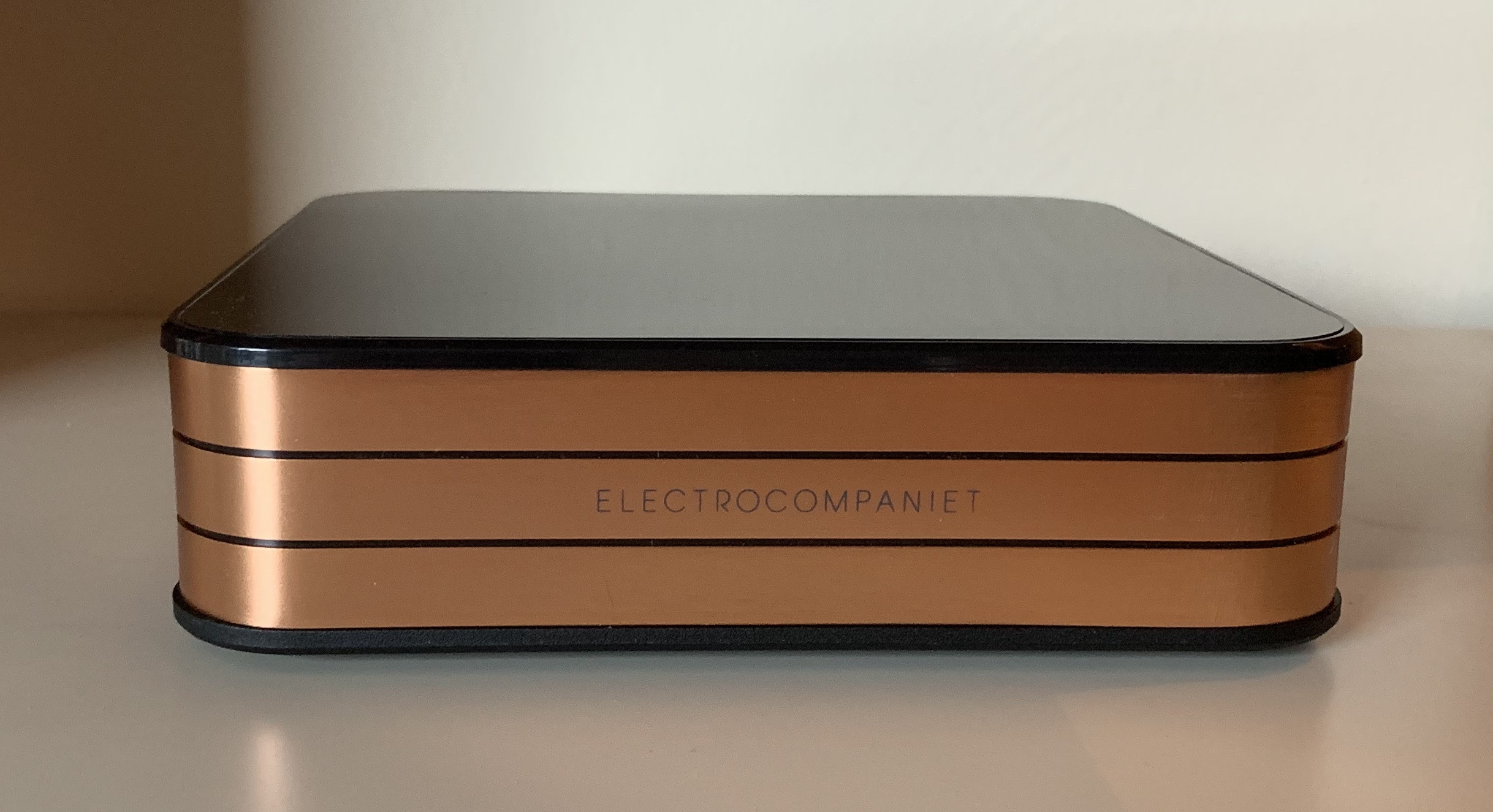 Electrocompaniet Rena SA-1