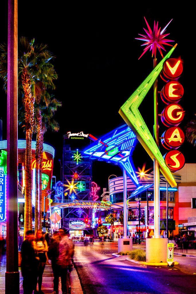 10 Reasons You Should Visit Las Vegas Now.jpg