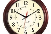 Innovation Wireless Wood Clock-2.jpg