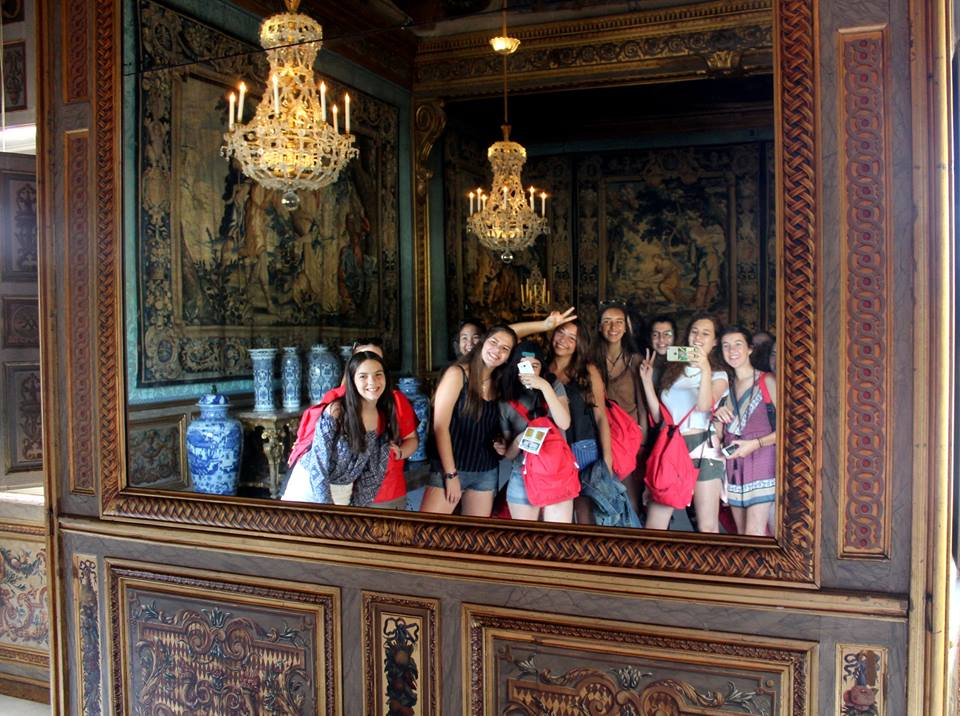 Students on a tour in Paris