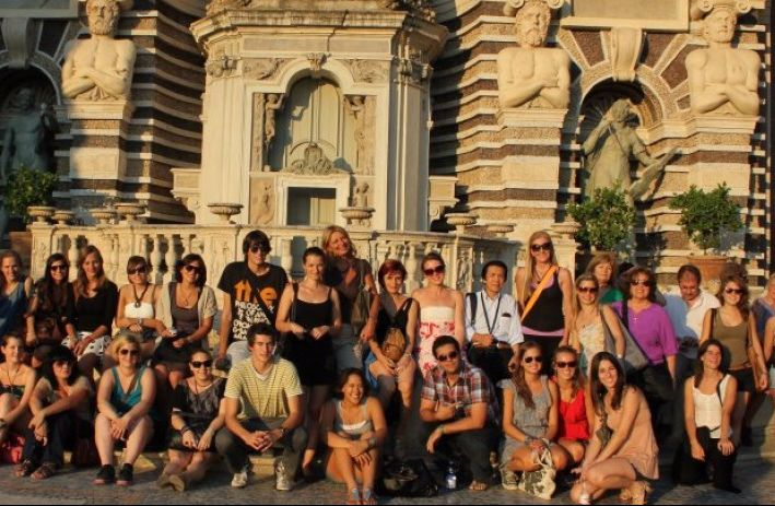 Students on a trip in Rome
