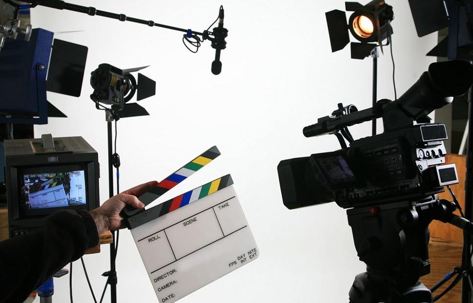 movie-crew-what-people-earn-ftr.jpg