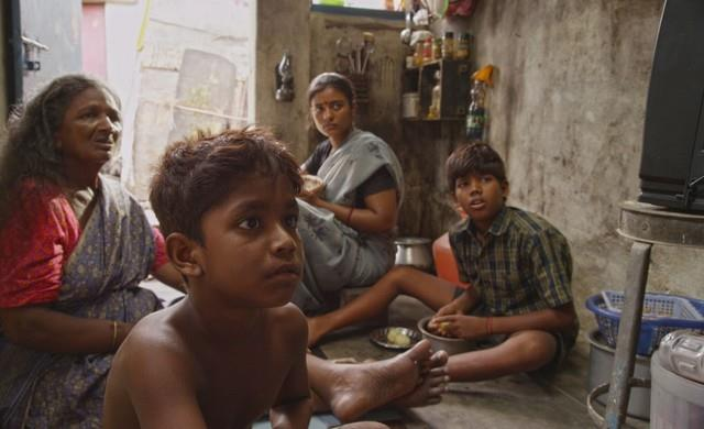 Kaaka Muttai Trailer